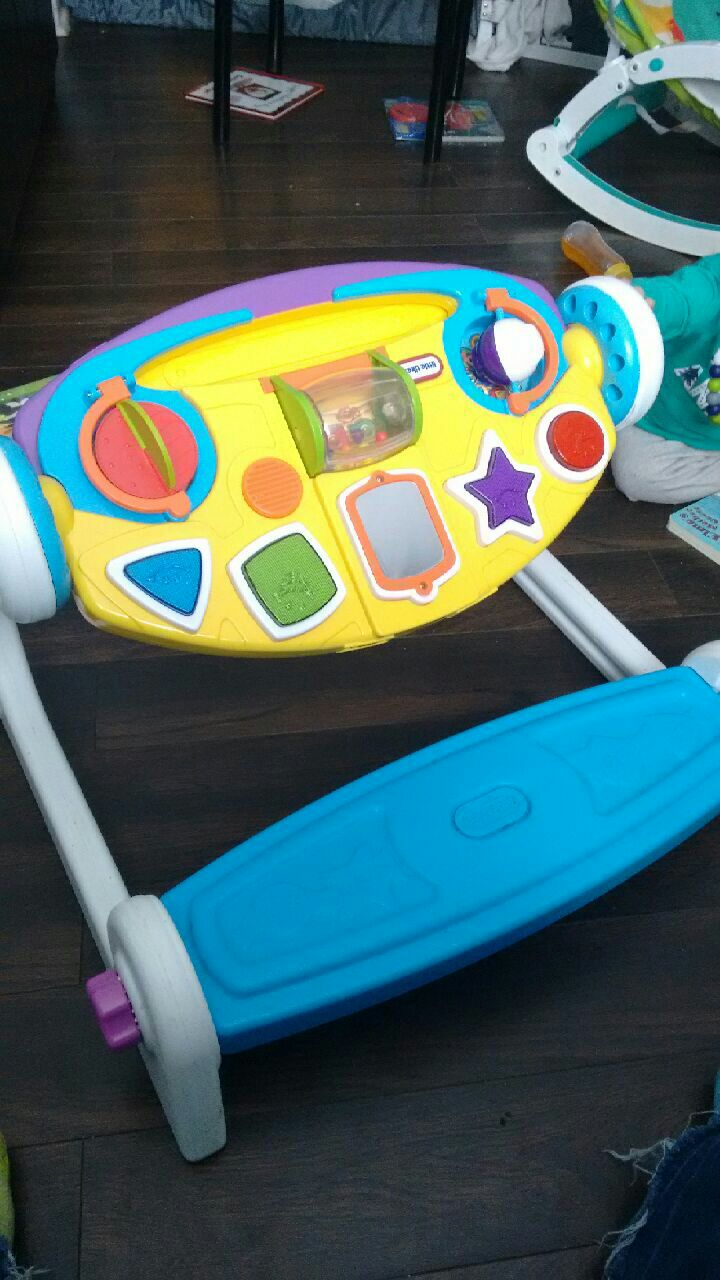 used little tikes play table with bench for sale in st catharines rh gb letgo com