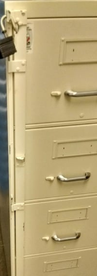 File Cabinet with side bar for padlock