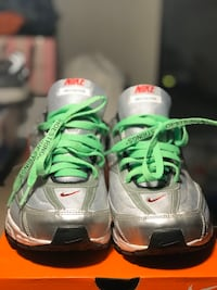 Nike Initiator with off-white laces Woodbridge, 22193