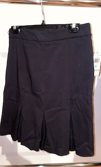 Brand new Black skirt Chantilly, 20152