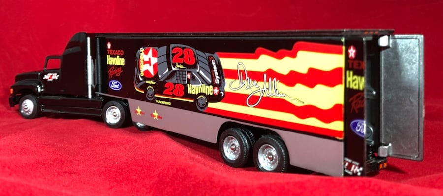 Davey Allison Texaco Havoline 1/64 Winross Hauler Transporter #19. New 4