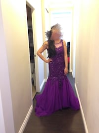 Prom dress / evening gown