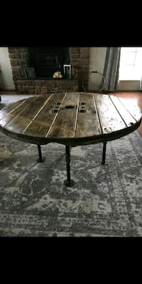 RECLAIMED INDUSTRIAL COFFEE TABLE Chantilly