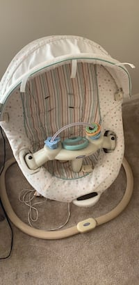baby's white and gray swing chair Bladensburg, 20710