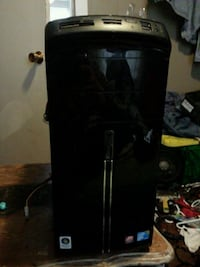 black single-door refrigerator Nanaimo, V9R 2J6