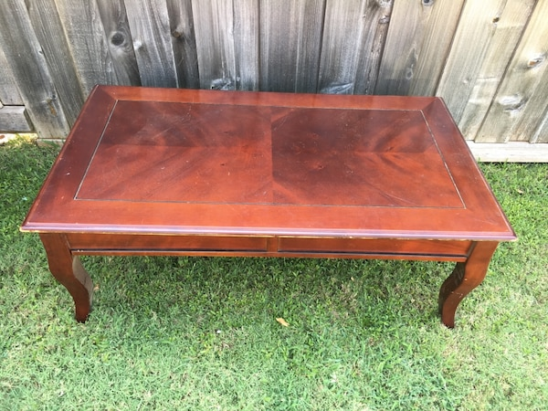 Beautiful Wooden Coffee Table With Two Matching Side Tables Sy Could Use Refinishing