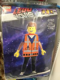 Boy costume size7+ London, N6E 2J1