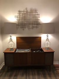 Cool MCM lamps, excellent condition delivery available  Toronto, M1G 2Y7