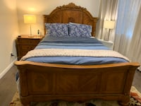 Queen bed frame with side table Woodbridge, 07095