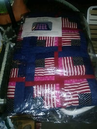 blue, red, and white king size quilt brand new Vallejo, 94590