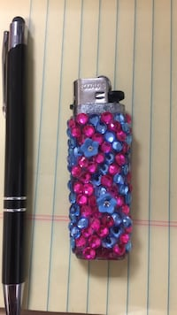 Blue and pink studded lighter Chicago, 60602