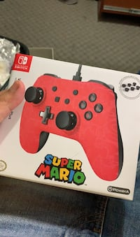 Super Mario edition wired controller plus
