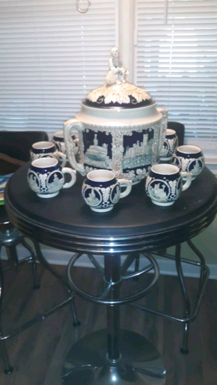 Photo German Punch Bowl Set... with 8 cups