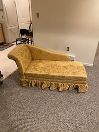 Gold Chaise Lounge District Heights, 20747