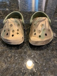 Baby camp crocs Hobart, 54155