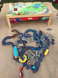 Train Table with trains & tracks EUC $100 for all Mobile, 36695