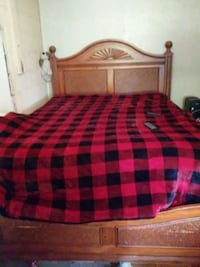 Queen size bed frame  Bunker Hill, 25413