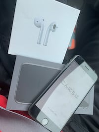 Iphone 8 and airpods gen 2 new !