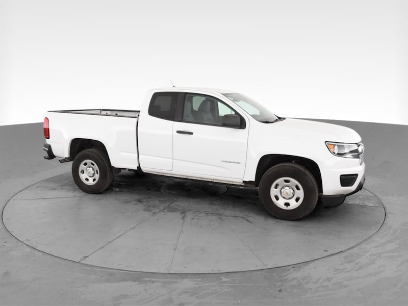 2018 Chevy Chevrolet Colorado Extended Cab pickup Work Truck Pickup 2D 28303c8f-8a5d-4f7f-8942-a91e5964d3bd