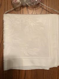 White linen tablecloth fits large table Omaha, 68137