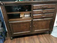 brown wooden 3-drawer chest Simi Valley, 93063
