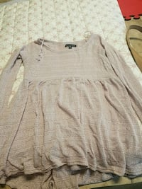 American eagle XS babydoll sweater  Queens, 11357