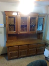 Large Hutch/Buffet China Cabinet  VICTORVILLE