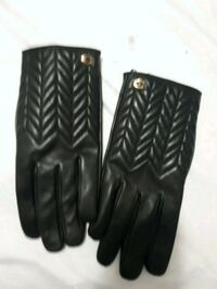 Coach leather gloves *new* trades welcomed