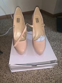 Signature Dillan Nude Shoes Columbus, 43026