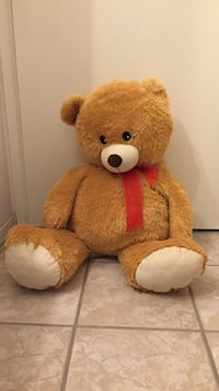 Large teddy bear plush toy