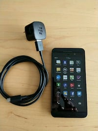 Used BlackBerry Z10 with charger Toronto, M5A 3C4