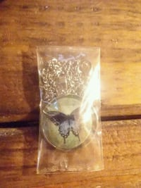 Butterfly neckless new in package