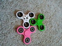 three white, green and pink 3-axis fidget spinners Sparks, 89436