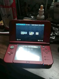 red and black Nintendo 3DS Selkirk, R1A 2E3