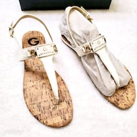 Guess 7.5 NIB white sandals  Eden Prairie, 55344