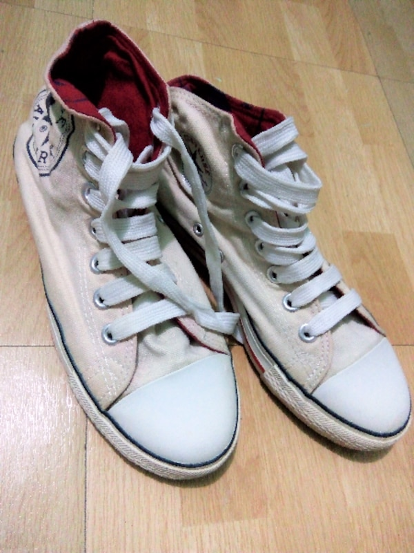 bacbe432133b Used PRELOVED CONVERSE HIGH CUT SHOES for sale in San Pedro