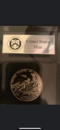 1991 US Mint WWII 50th Anniversary Half Dollar Acrylic Paper Weight