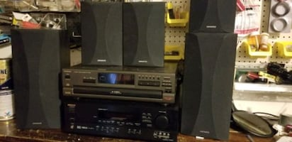 Onkyo av Receiver Htr510 with speakers