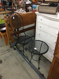 Black Metal Table and Chair Jacksonville, 28540
