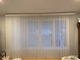 UNBELIEVABLE DEAL NEW Levolor Soft Vertical Blind MAKE OFFER