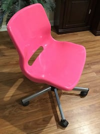 Pink rolling chair