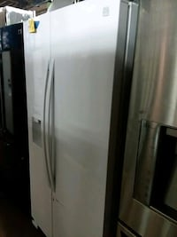 Kenmore side by side refrigerator brand new scratc Baltimore, 21223