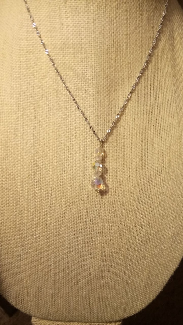 Crystal Necklace and Earring Set  7aa542a6-160c-458a-9ac1-0c41b1dd045e