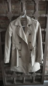 white double-breasted trench coat Chicago, 60614
