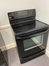 KENMORE E 5 BURNER GLASS TOP STOVE W/ CONVECTION OVEN 4 MONTH WARRANTY