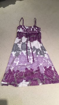 Esprit floral summer dress size 8 Toronto, M9B 3C8