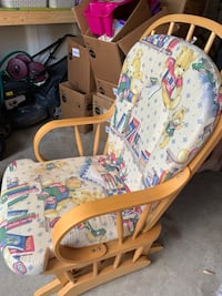 Rocking Chair  Mississauga, L5N 7T7