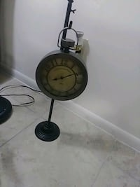 Beautiful working clock made by Concepts In Time Coconut Creek, 33073