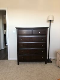 6 drawer chest in great condition  Ashburn, 20147
