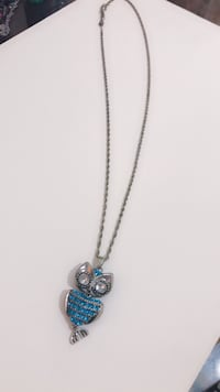 Blue Owl Long Necklace New York, 11377